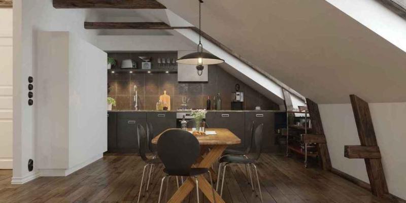 Кухня-столовая на мансардном этаже