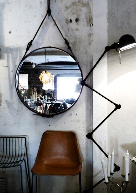 Зеркало в интерьере: отражение реальности